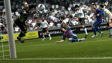 Pro Evolution Soccer 2013 kaufen